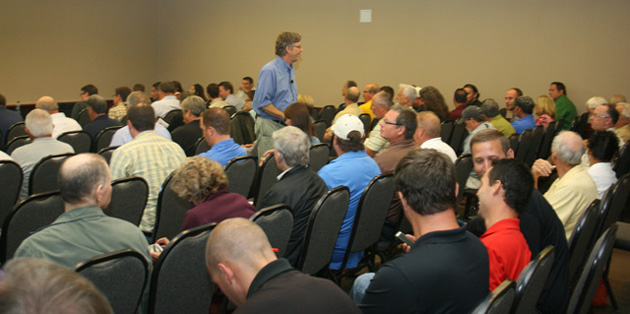 Scott Sedam played to a full room during his breakout session.