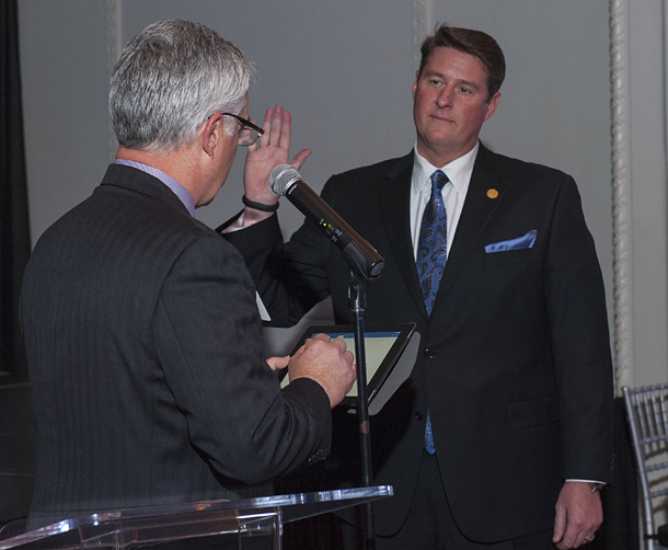 Mike Means installs OSHBA 2015 president Phil Rhees.