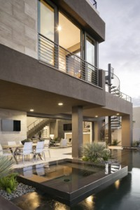 Indoor-outdoor space in the New American Home at the International Builders Show in Las Vegas. Trent Bell Photography