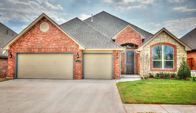 Traditional 3 car garage photo by HOUZZ